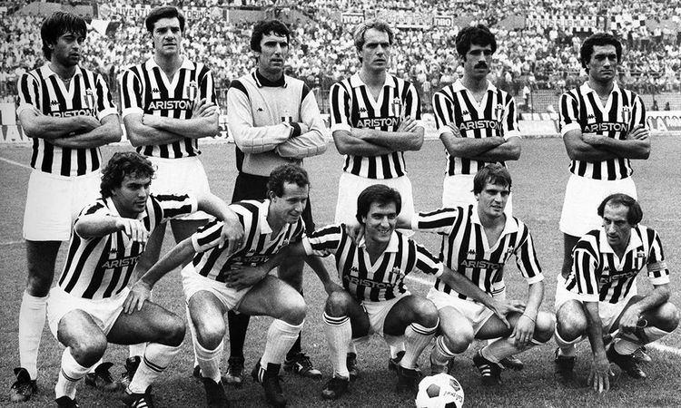 Domenico Marocchino Scudetto N20 Juventus 19811982 In alto Domenico Marocchino