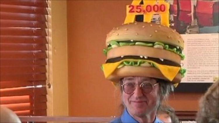 Don Gorske Big Mac attack US man eats record 25000th burger BBC News