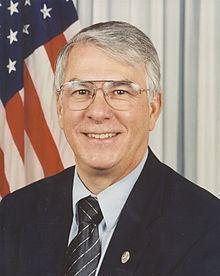 Don Manzullo httpsuploadwikimediaorgwikipediacommonsthu