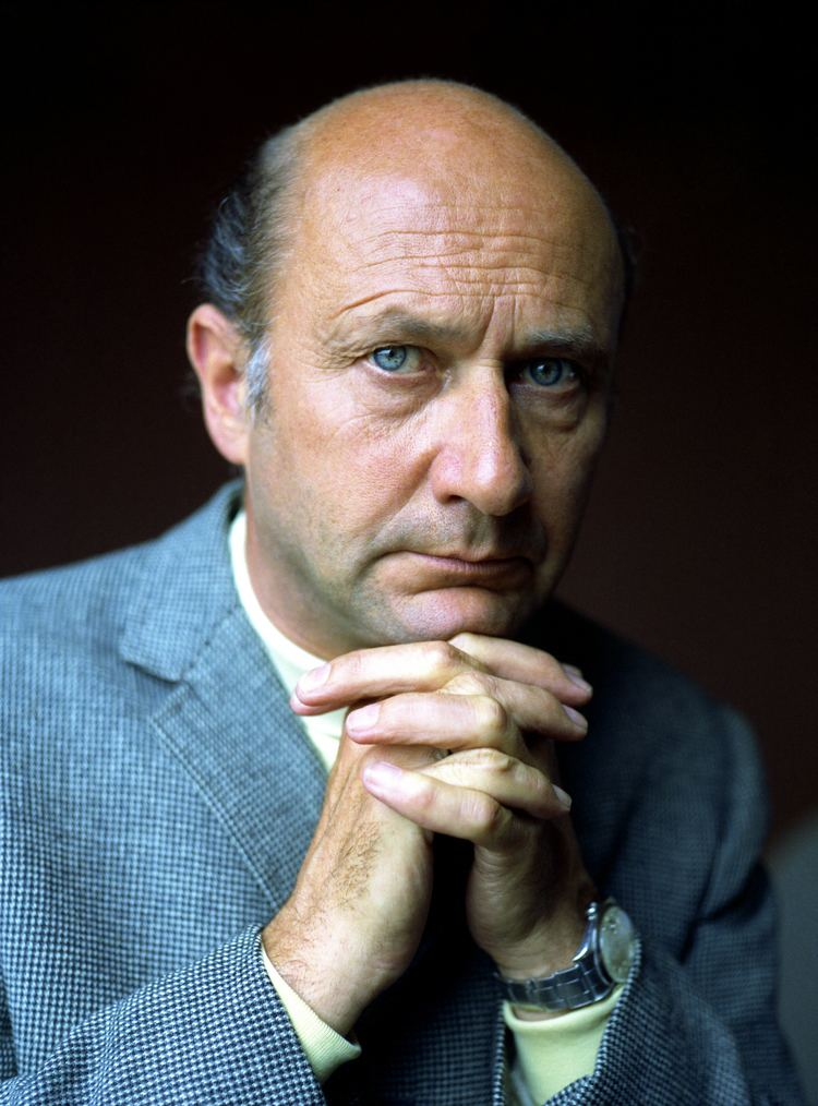 Donald Pleasence httpsuploadwikimediaorgwikipediacommonsbb