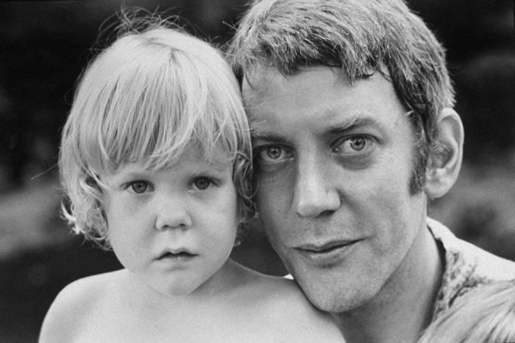 Donald Sutherland Donald Sutherland Photos of the Actor and His Family 1970 Timecom