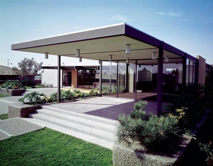 Donald Wexler Style in Steel Home Architect Donald Wexler Modern Bear