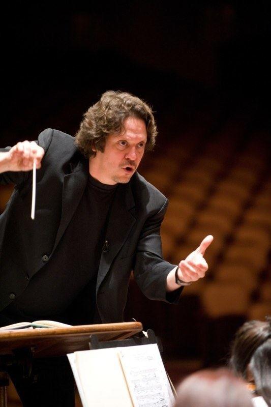 Donato Cabrera Conductor Donato Cabrera wins ASCAP Award Guide for the Arts