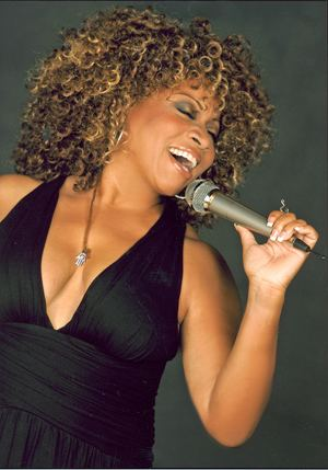 Donna Allen Patrick Lopez performs with recording artist Donna Allen