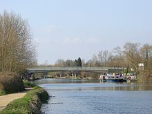Donnington Bridge httpsuploadwikimediaorgwikipediacommonsthu