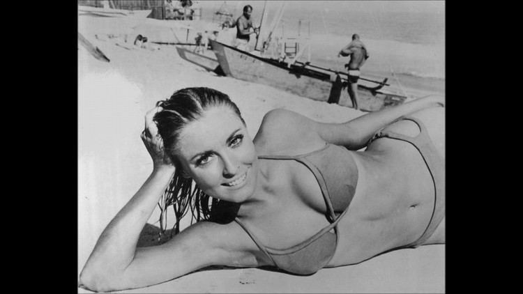 Don't Make Waves Sharon Tate Tribute Dont Make Waves YouTube