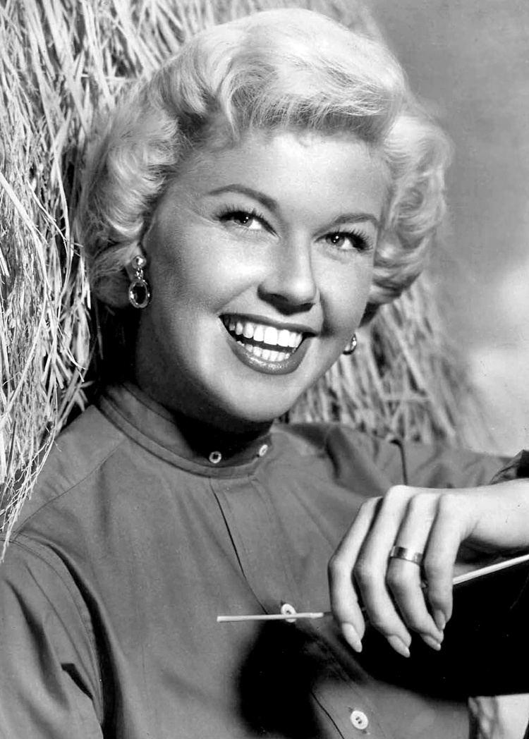 Doris Day httpsuploadwikimediaorgwikipediacommons33