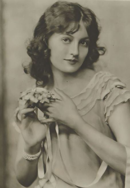 Doris Kenyon Doris Kenyon Celebrities lists