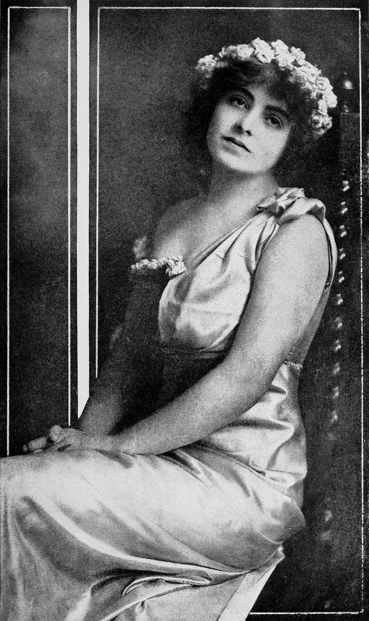 Dorothy Davenport FileDorothy Davenport 001jpg Wikimedia Commons