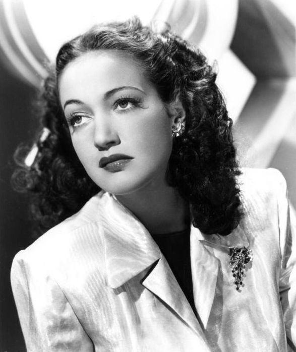 Dorothy Lamour httpsuploadwikimediaorgwikipediacommons66