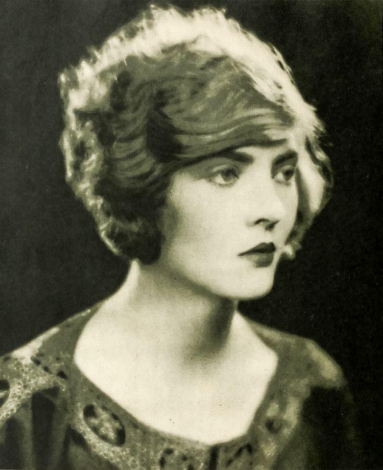 Dorothy Mackaill Dorothy Mackaill Wikipedia the free encyclopedia