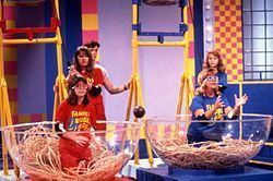 Double Dare (Nickelodeon game show) httpsuploadwikimediaorgwikipediacommonsthu