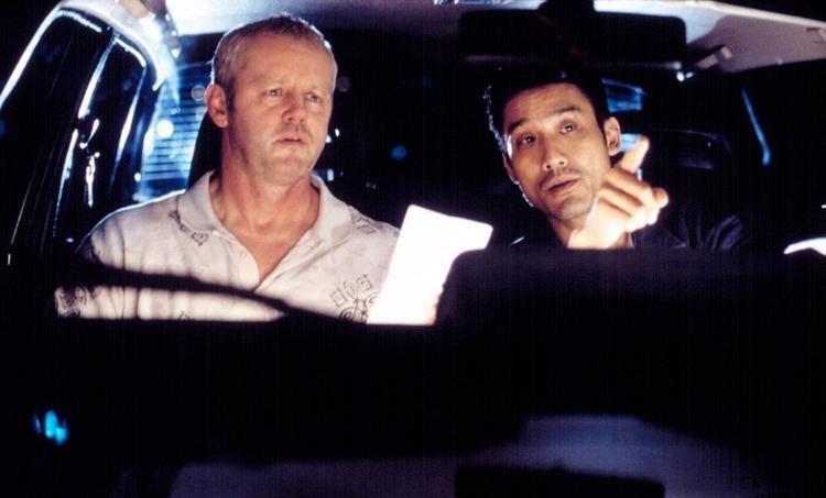 Double Vision (2002 film) movie scenes DOUBLE VISION SHUANG TONG David Morse Tony Leung 2002 c