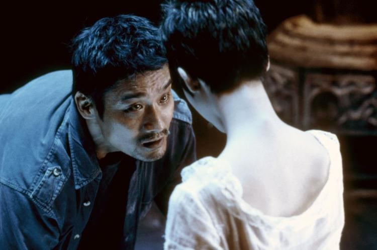 Double Vision (2002 film) movie scenes DOUBLE VISION aka SHUANG TONG Tony Leung Ka Fai left