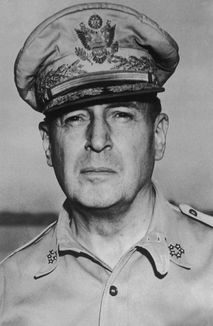 Douglas MacArthur mstartzman General Douglas MacArthur first