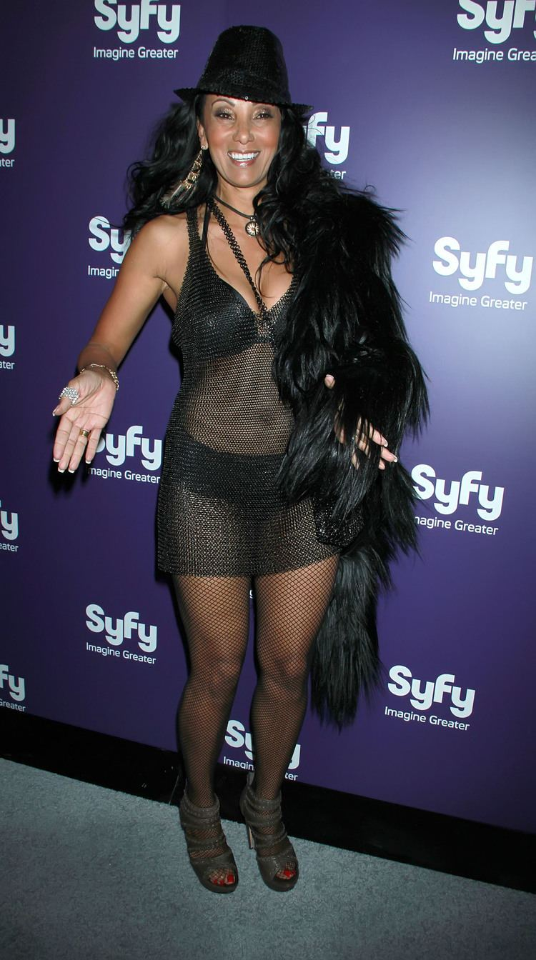 Ashlee Simpson,Madeleine Harris Hot pictures Stephen McGann (born 1963),Ned Sparks