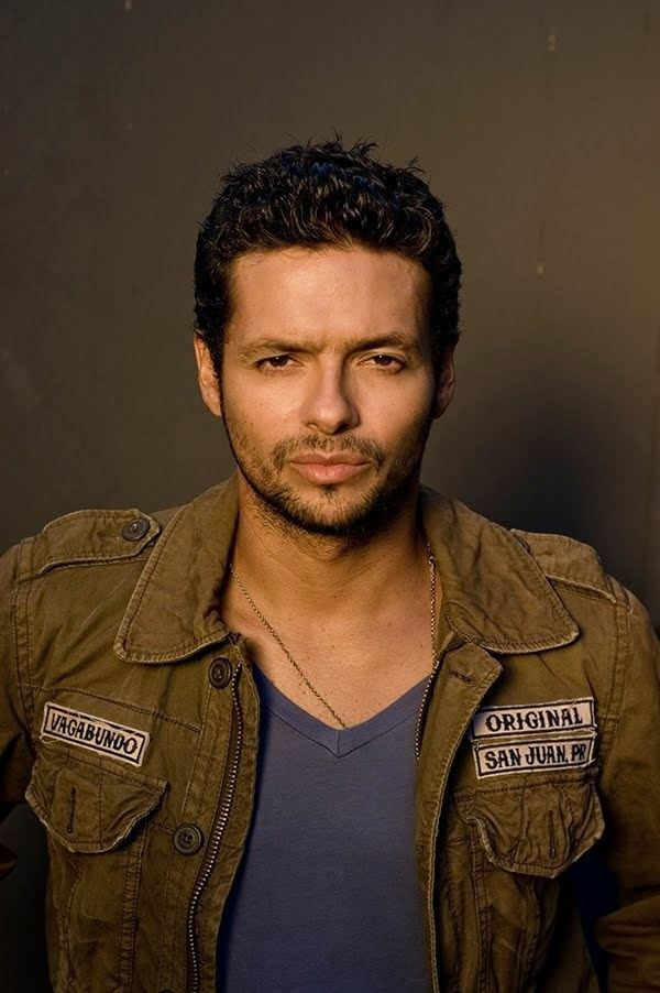 Draco Rosa Robbie Draco Rosa Cancer Relapses Can He Win The Battle