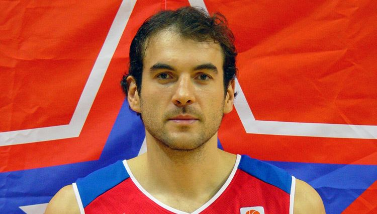 Dragan Tarlac wwwcskabasketcomimagesplayers52tarlac750jpg