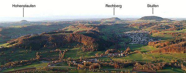 Drei Kaiserberge httpsuploadwikimediaorgwikipediacommonsthu