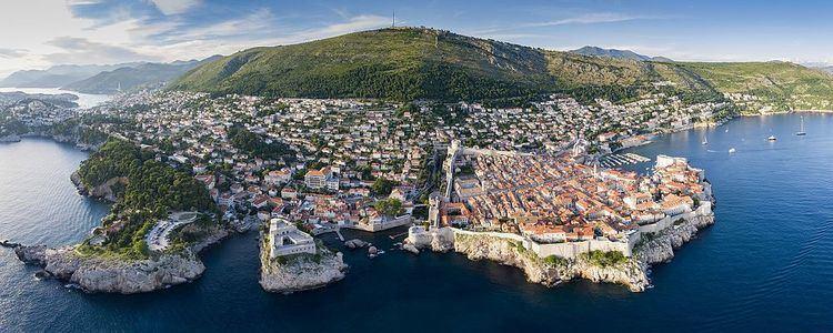 Dubrovnik httpsuploadwikimediaorgwikipediacommonsthu