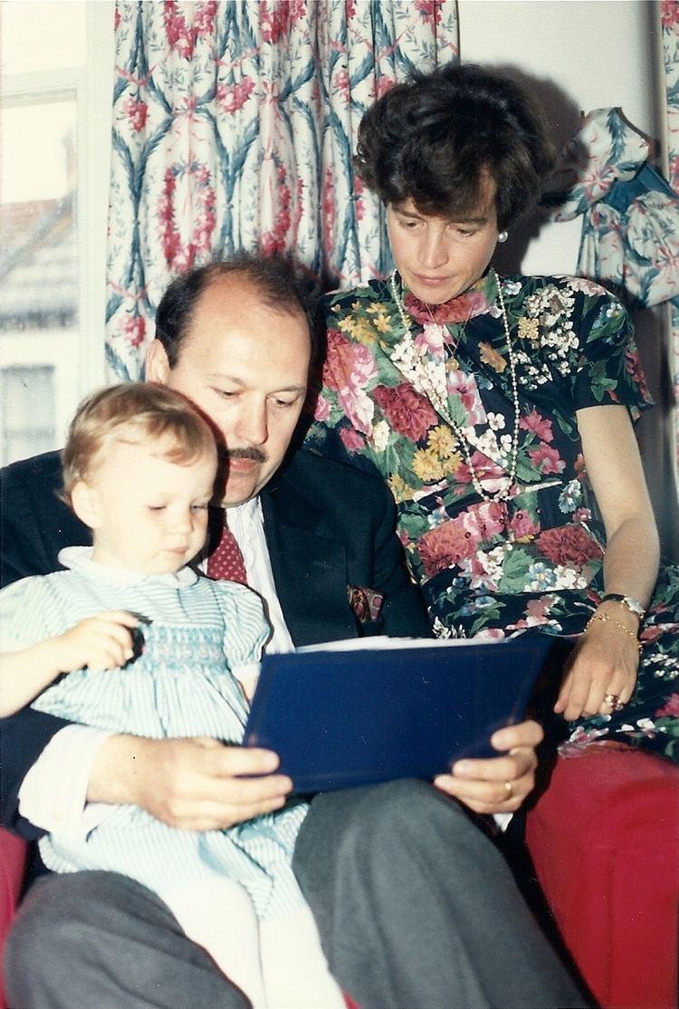Duchess Donata of Mecklenburg 2bpblogspotcomOMpOGRsS5y8UADEIrBzukIAAAAAAA