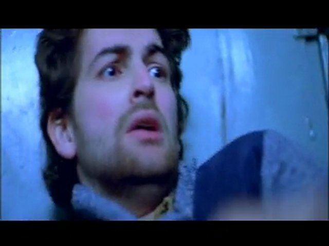 Dum Kaata movie scenes Risky Business Train Scene