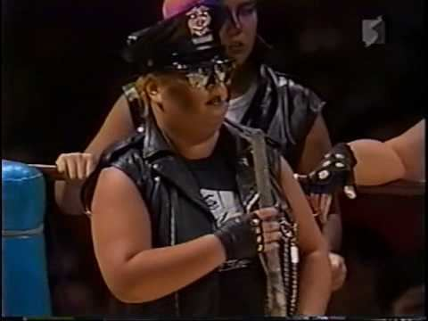 Dump Matsumoto Chigusa Nagayo vs Dump Matsumoto Hair vs Hair Aug 28 1985 1 of