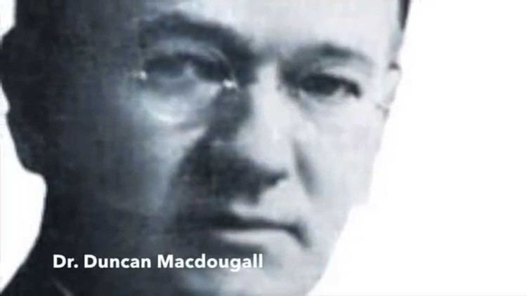 Duncan MacDougall (doctor) Duncan Macdougall 21 Grams Theory YouTube