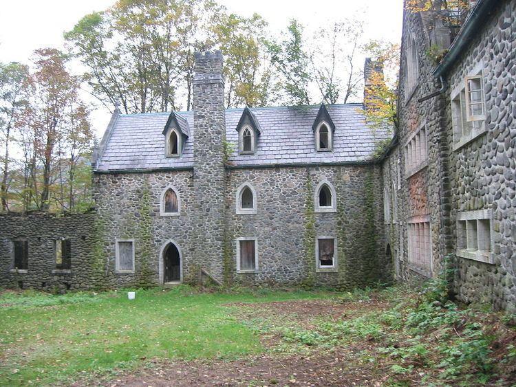 Dundas Castle (Roscoe, New York)