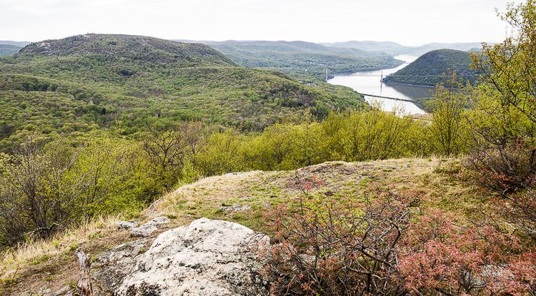 Dunderberg Mountain wwwnycdayhikingcomhikesimagesDunderbergDunde
