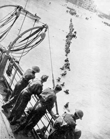 Dunkirk evacuation httpsmedia1britannicacomebmedia131303130