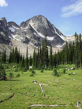 Dunn Peak httpsuploadwikimediaorgwikipediacommonsthu
