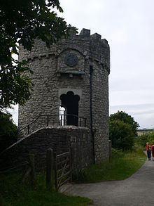 Dunraven Castle httpsuploadwikimediaorgwikipediacommonsthu