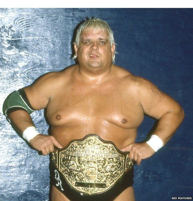 Dusty Rhodes (wrestler) Texan wrestling star Dusty Rhodes dies at 69 BBC News