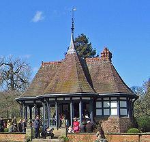 Dutch Tea House, Eaton Hall httpsuploadwikimediaorgwikipediacommonsthu