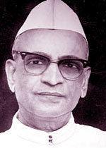 Dwarka Prasad Mishra hindiwebduniacomhiarticles100505imagesimg1