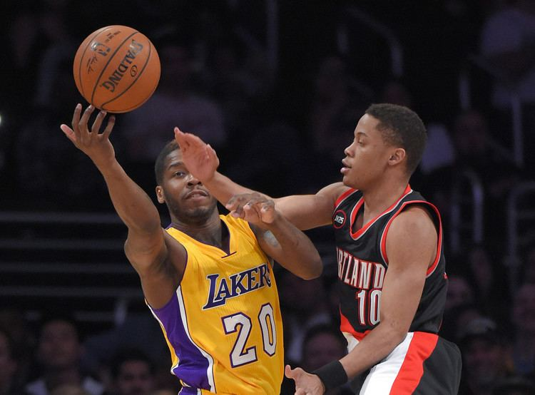 Dwight Buycks Lakers sign guard Dwight Buycks to 10day contract LA Times