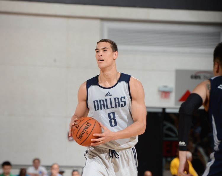 Dwight Powell Dwight Powell is carving out a spot in the rotation