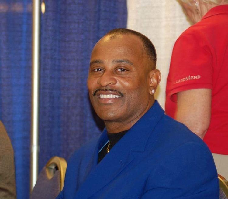 Dwight Smith (baseball) chicagocubsonlinecomsmithpubjpg
