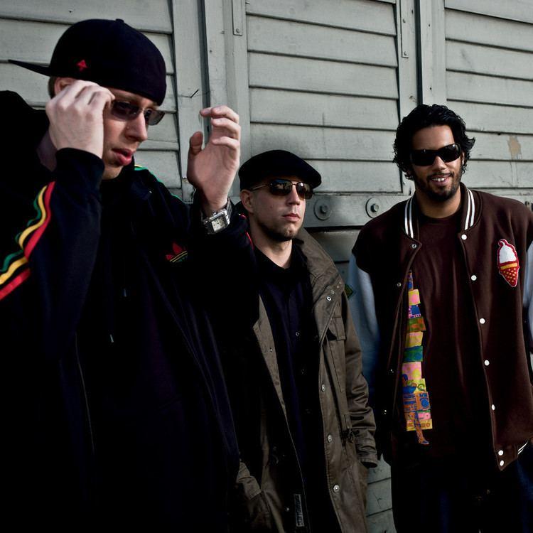 Dynamite Deluxe Dynamite Deluxe Music fanart fanarttv