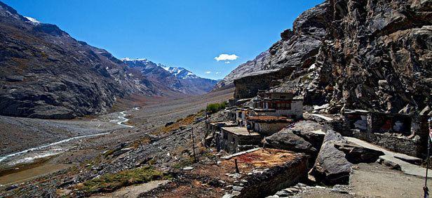 Dzongkhul Monastery wwwjourneymartcomdeAttrationImageszongkhulmo