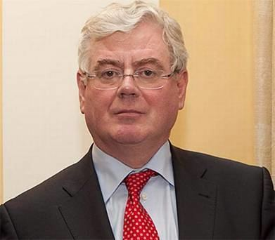 Eamon Gilmore Eamon Gilmore criticises banks for failing to help people
