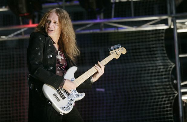 Ean Evans Lynyrd Skynyrd Bassist Ean Evans Dies