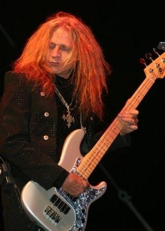Ean Evans Lynyrd Skynyrd Bassist Donald Ean Evans Dead At 48 Sleaze Roxx