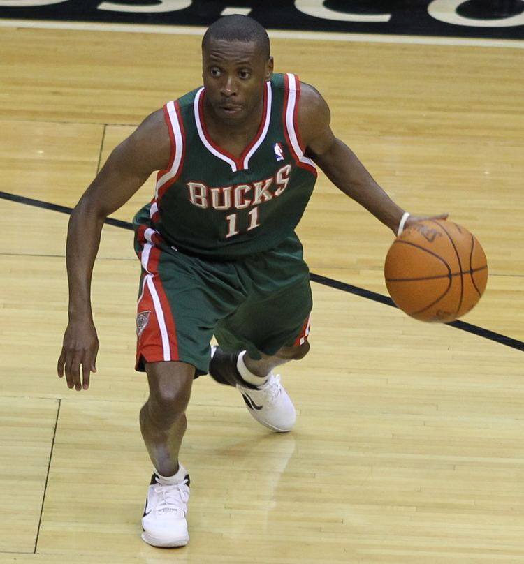 Earl Boykins Earl Boykins Wikipedia the free encyclopedia
