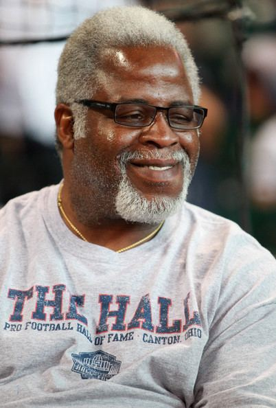 Earl Campbell Earl Campbell Pictures New York Yankees v Houston Astros
