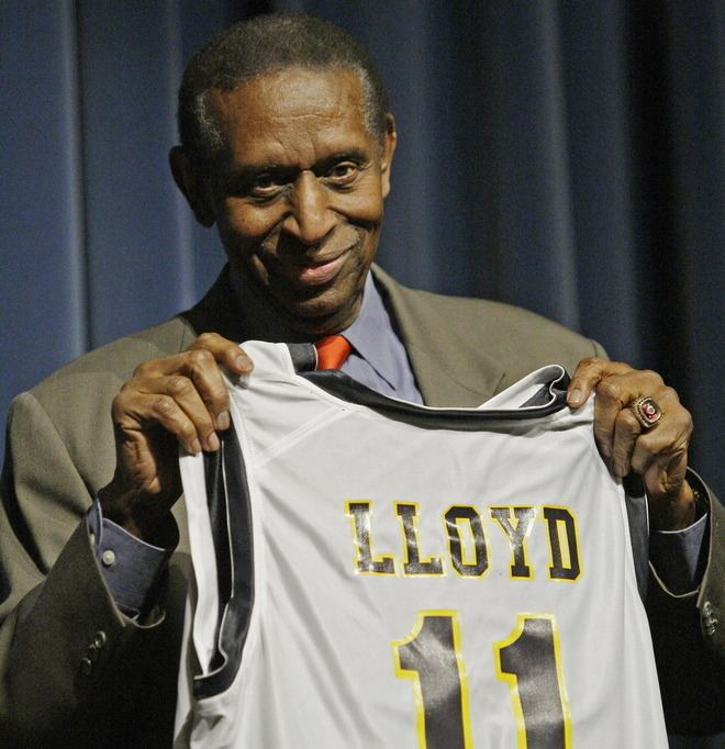 Earl Lloyd The African American Community Says Goodbye To NBA Pioneer