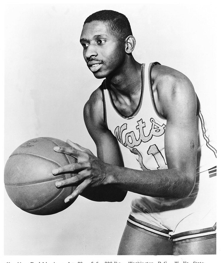 Earl Lloyd NBRPA Pioneer Earl Lloyd to be honored with statue at West