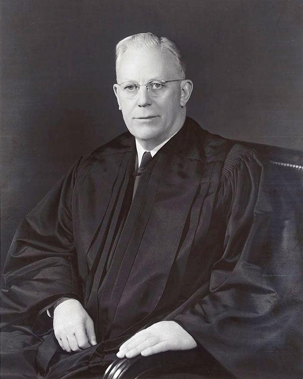Earl Warren httpsuploadwikimediaorgwikipediacommons00