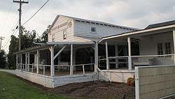 Earle R. Taylor House and Peach Packing Shed httpsuploadwikimediaorgwikipediacommonsthu
